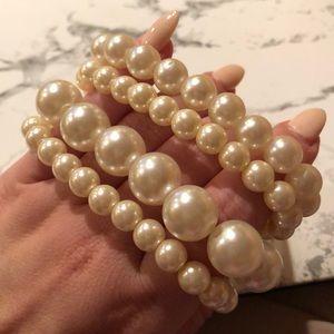 Jewelry - (4) stackable faux pearl bracelets